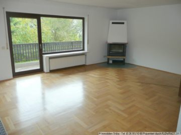 Whg. mit Parkett und Holzofen in ruhiger Wohnlage 53533 Müsch, Wohnung