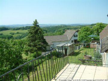 Panoramablick und Garten im Eifelhöhenort Reifferscheid 53520 Reifferscheid, Einfamilienhaus