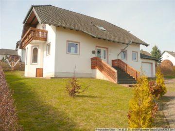 Neuwertiges Einfamilienhaus mit Garten für Ihre Familie 56729 Baar-Wanderath, Einfamilienhaus