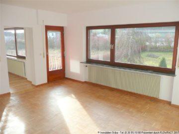 Komfortable Wohnung mit Balkon und Garten 56729 Baar, Etagenwohnung