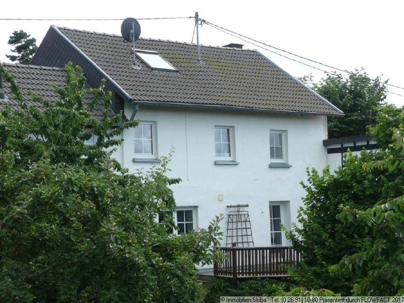 Einfamilienhaus in winnerath 153 m for Immobilien haus