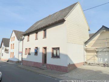 Gemütliches freistehendes Einfamilienhaus mit Hof und Garage 53534 Barweiler, Einfamilienhaus