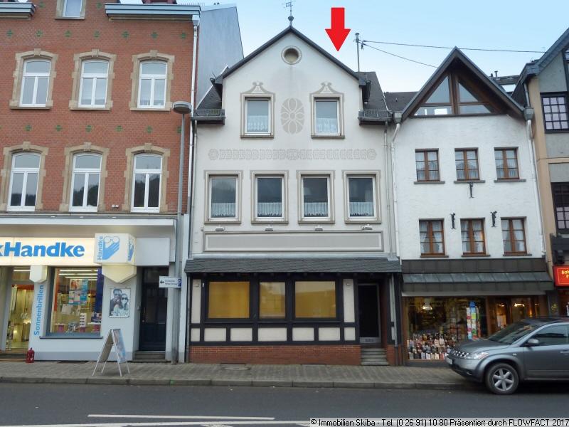 Einfamilienhaus in adenau 145 m for Immobilien haus