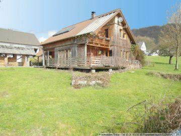 Individuelles Niedrigenergie-Holzhaus mit Weitblick am äußersten Ortsrand 56746 Kempenich-Engeln, Einfamilienhaus