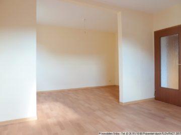 Zentral gelegene Wohnung mit neuem großem Bad 53518 Adenau, Wohnung