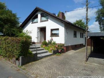 +++ Familienhaus auf großzügigem Grundstück am Ortsrand +++ 53534 Pomster, Einfamilienhaus