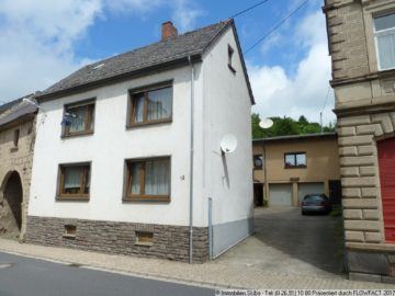 2 Häuser + Hof + Garten – ideal für 2 Familien 56745 Weibern, Zweifamilienhaus