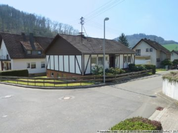 Bungalow mit Garten in ruhiger Wohnlage 53518 Adenau, Einfamilienhaus