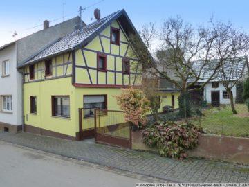 Uriges Fachwerkhaus mit Garten und Scheune im Höhenort Reifferscheid 53520 Reifferscheid, Bauernhaus
