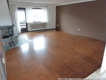 Wohnung mit 2 Balkonen und gemütlichem Kaminofen 53520 Müllenbach, Wohnung