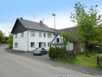 Eifeler Bauernhaus mit XXL-Scheune und großem Wiesengrundstück 53520 Ohlenhard, Einfamilienhaus