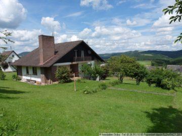 Sehr freistehendes Haus mit grandiosem Panoramablick über die Eifel 53534 Hoffeld, Einfamilienhaus