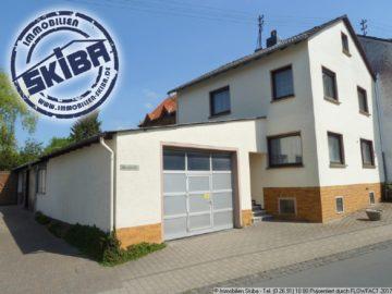 Modern renoviertes Wohnhaus mit großer Garage im Eifelhöhenort Barweiler 53534 Barweiler, Einfamilienhaus