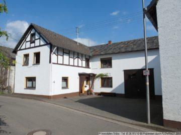 Eifeler Bauernhaus mit XXL-Scheune und herrlicher Aussicht 53520 Ohlenhard, Bauernhaus