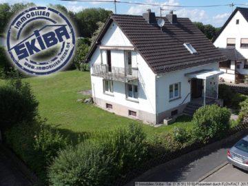 Haus mit großem Garten am Ortsrand der ruhig gelegenen Eifelgemeinde Sierscheid 53520 Sierscheid, Einfamilienhaus