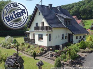 Haus mit gepflegtem Garten und Aussicht über Müsch in der Eifel 53533 Müsch, Einfamilienhaus