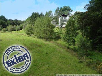 Wohnhaus am äußersten Ortsrand mit freiem Blick aus allen Etagen ins Grüne 53520 Ohlenhard, Einfamilienhaus