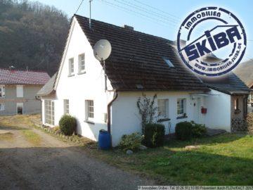 Wohnhaus mit Gartengrundstück in Ahrbrück 53506 Ahrbrück, Doppelhaushälfte