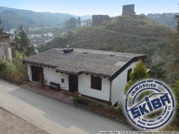 Erhöht gelegenes Einfamilienhaus mit Ausblick rund um die Virneburg 56729 Virneburg, Einfamilienhaus