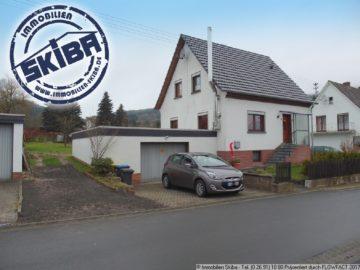 Renoviertes Einfamilienhaus mit schönem Grundstück und 3 Garagen 53533 Antweiler, Einfamilienhaus