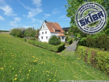 Charmantes Einfamilienhaus mit großem Garten am Ortsrand von Retterath in der Vulkaneifel 56769 Retterath, Einfamilienhaus