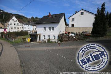 Kleines Einfamilienhaus mit Terrassenplatz in Zentrumsnähe von Adenau 53518 Adenau, Einfamilienhaus