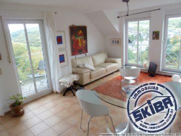 Komfort-Wohnung mit Panoramablick über Adenau 53518 Adenau, Wohnung