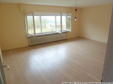 Top-Wohnung mit Ausblick vom Balkon – nähe Adenau 53534 Barweiler, Wohnung