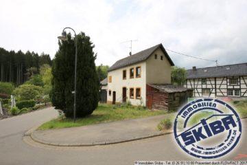 Kleines, renovierungsbedürftiges Bauernhaus im idyllischem Eifeldorf Eichenbach 53533 Eichenbach, Einfamilienhaus