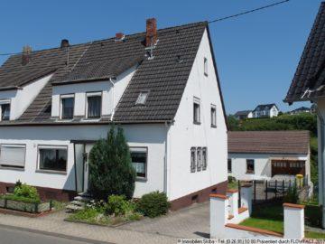 Wohnhaus mit kleinem Hinterhäuschen nah gelegen vom Adenauer Zentrum 53518 Adenau, Einfamilienhaus