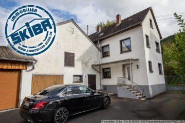 Kleines Haus mit Hof und großer Garage im benachbarten Dorf von Adenau 53518 Leimbach, Wohnung