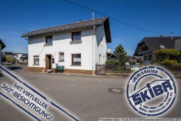 Bruchsteinhaus mit ebenem sonnigen Garten, Hof und Doppelgarage im Eifelhöhenort Reifferscheid 53520 Reifferscheid, Einfamilienhaus