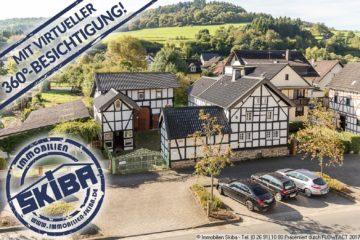 Traumhafter, stilvoll sanierter Fachwerkhof mit Wohnhaus, Laden, Scheune, Backes u. Garten in Adenau 53518 Adenau, Einfamilienhaus