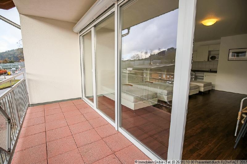 Grosse Fensterfront Immobilien Skiba